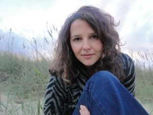 Lisa Kamen, Lisa Cypers Kamen, Harvesting Happiness Talk Radio, Beckah Eden